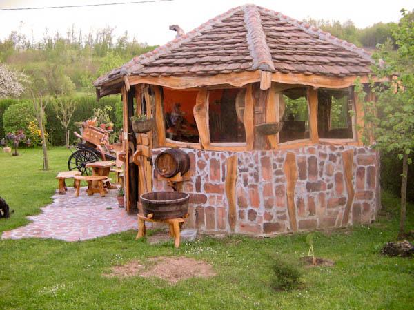 Letnjikovac | ručno izrađeni rustik i etno nameštaj
